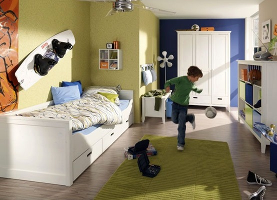Современная практичная мебель для мальчика-подростка