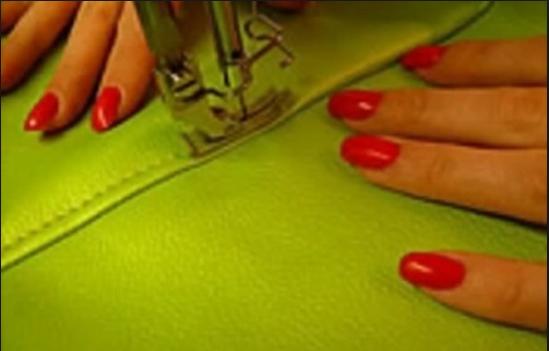 Сшиваются клинья ткани
