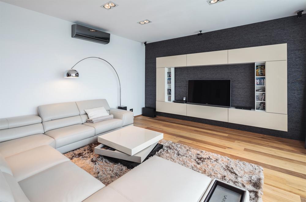 Стильная гостиная с телевизором
