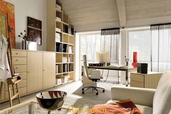 Стол и стулья для дома