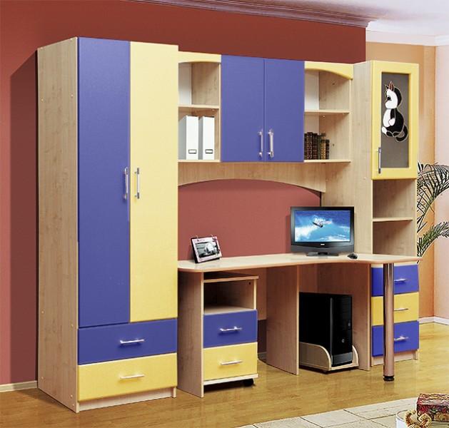 Стол-шкаф для подростка