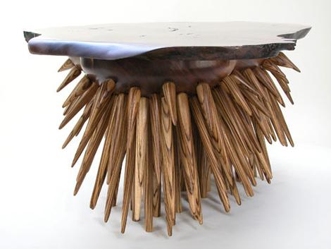 Столик для гостиной комнаты