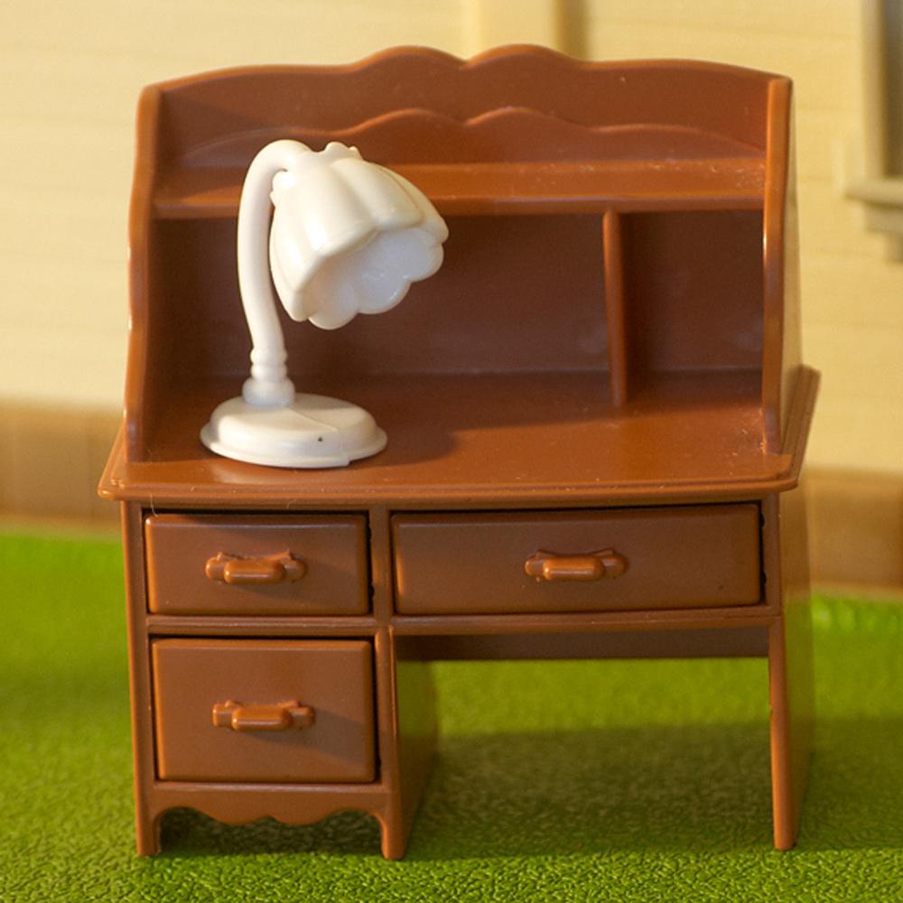 Столик для кукол в домик