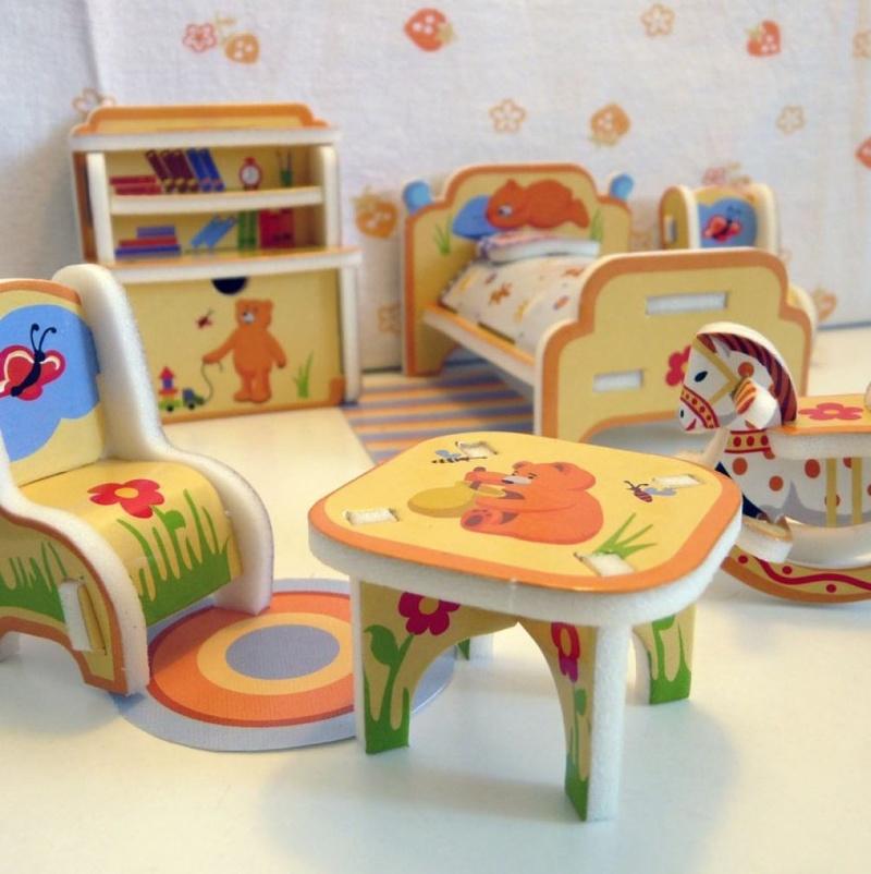 Столики для кукол