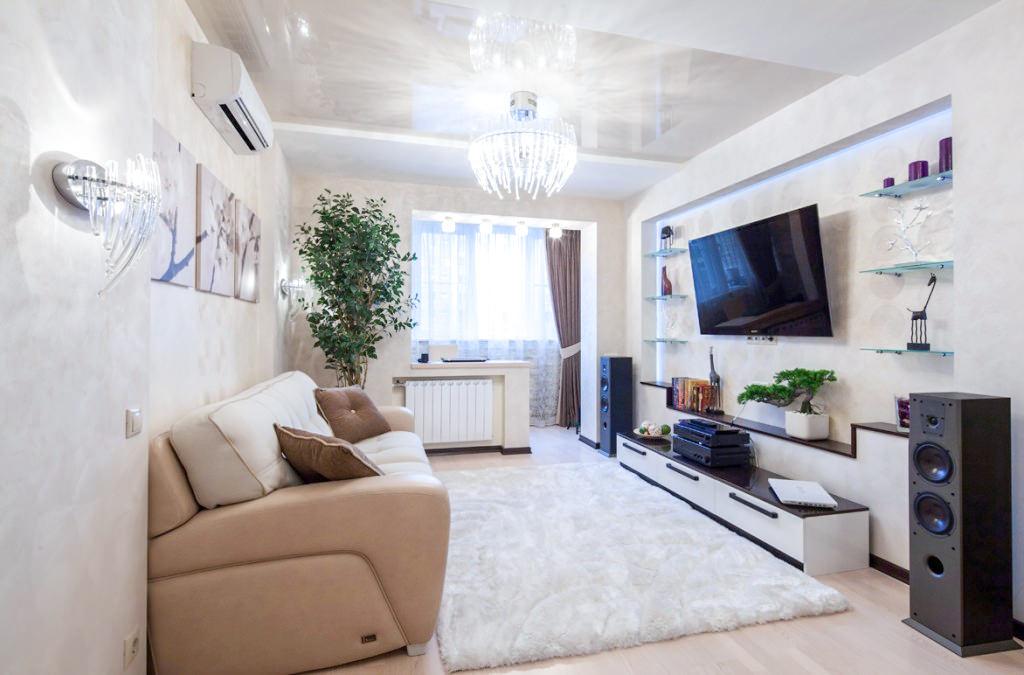 Интерьер гостиной в квартире формируется потребностями жильцов, поэтому в общей комнате выделяют несколько функциональных зон.