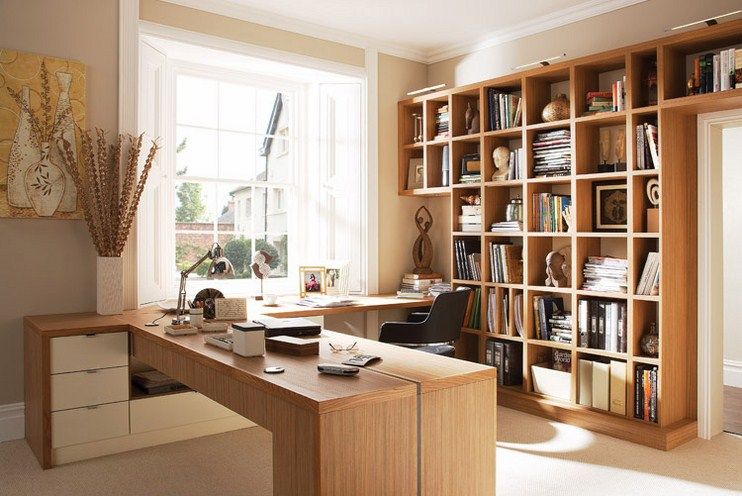 Светлый комплект корпусной мебели