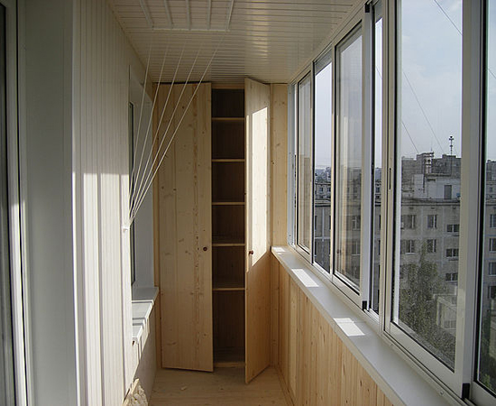 Удобный встроенный шкаф