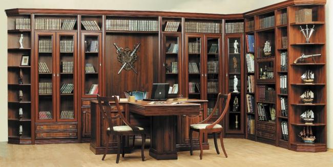 Угловой просторный шкаф для книг