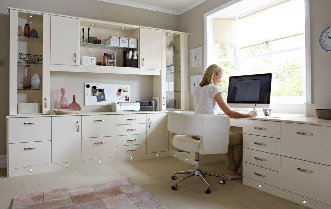 Угловые комплекты мебели
