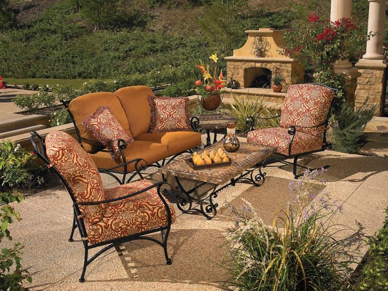 Виды и выбор садовой мебели