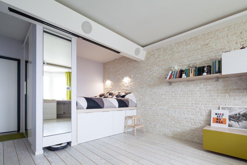 Встроенная практичная односпальная кровать
