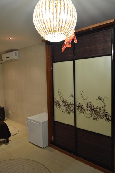 Встроенный удобный шкаф