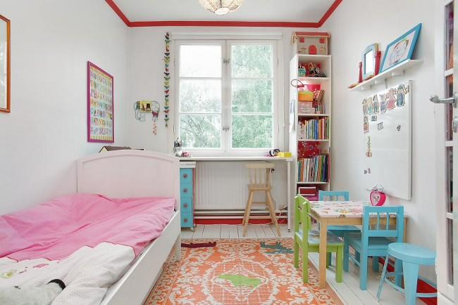 Яркие оттенки дизайна комнаты для ребенка