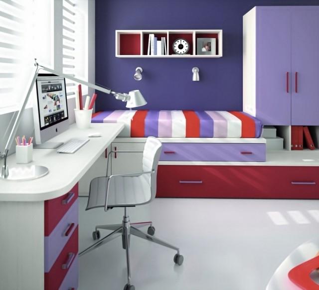 Яркие оттенки мебели в спальне ребенка