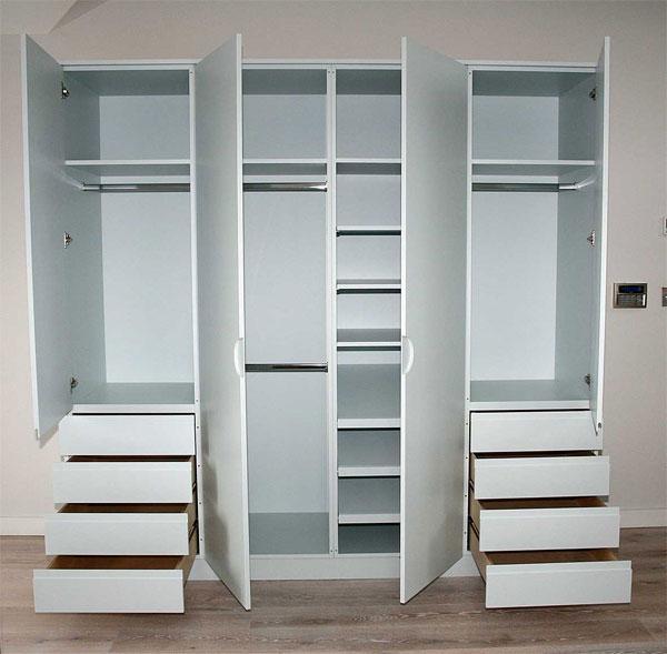 Ящики в распашном шкафу