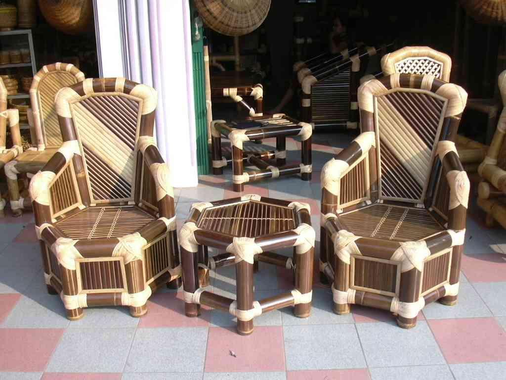Бамбуковая мебель и бамбуковые скамейки