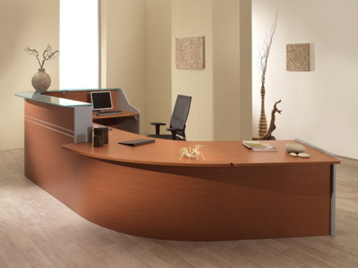Большой стол для работы