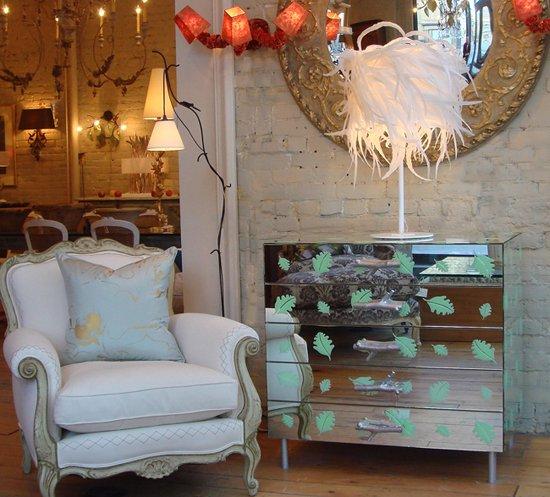 Декор мебели зеркальной плиткой своими руками