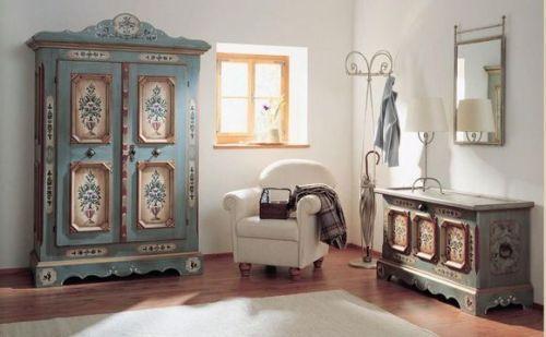 Декорирование мебели в стиле винтаж
