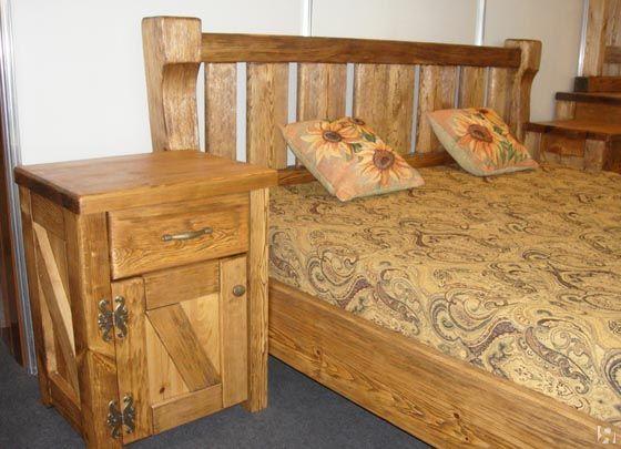 Деревянные кровати из массива лиственницы
