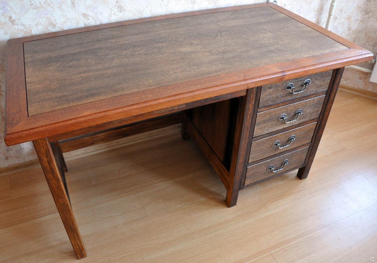 Деревянные письменные столы из массива лиственницы
