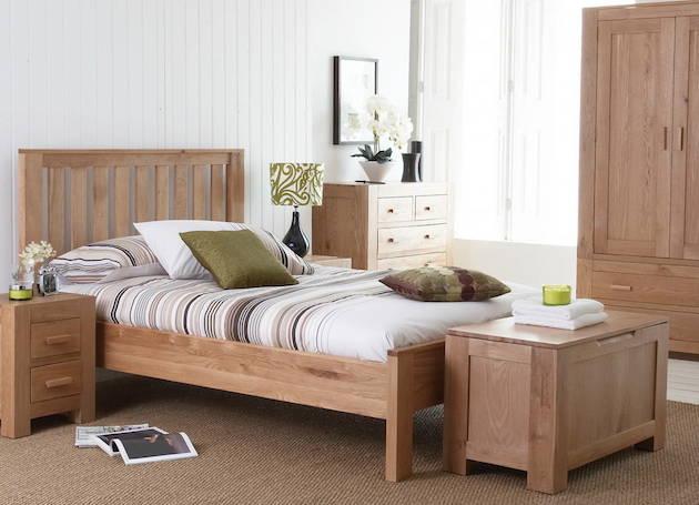 Деревянный спальный комплект