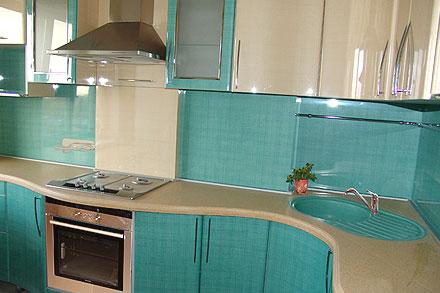 Гнутые фасады кухонного гарнитура