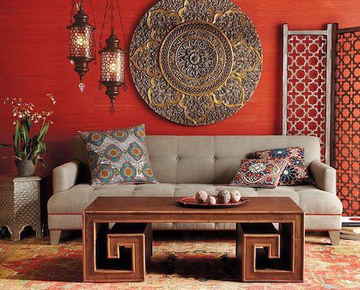 Индийская мебель добротная, основательная и невысокая