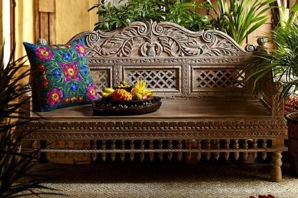 Индийская резная мебель - скамья диван с подушками