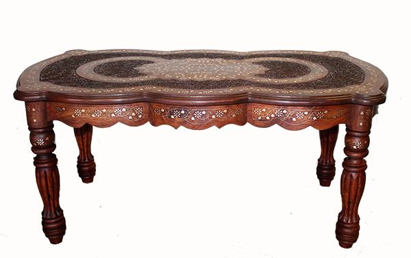 Индийский столик из дерева