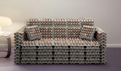 Интересная мебель из яиц
