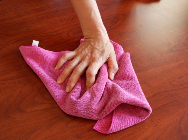 Как быстро удилить жир с покрытия мебели