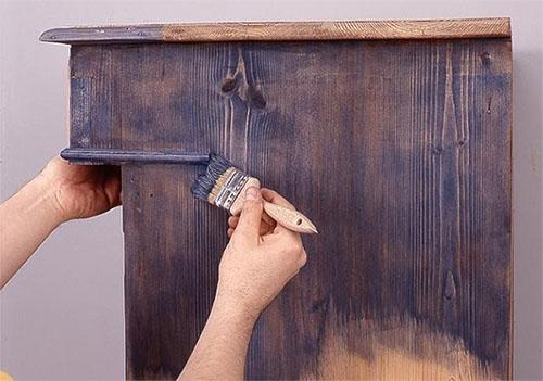 Как правильно покрасить старую мебель