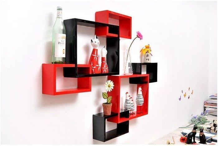 Красно-черные предметы мебели