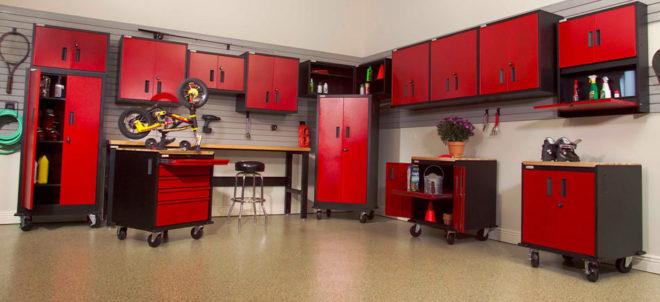 Красные предметы мебели