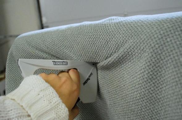 Крепление ткани на спинку кровати