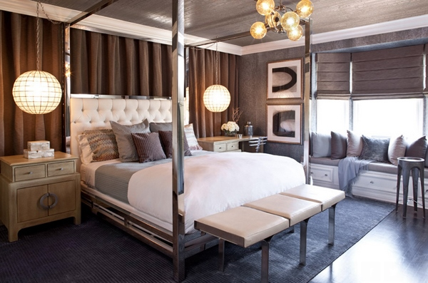 Кровать с зеркалами