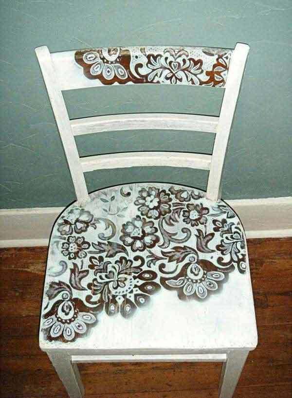 Кружевной узор на стуле
