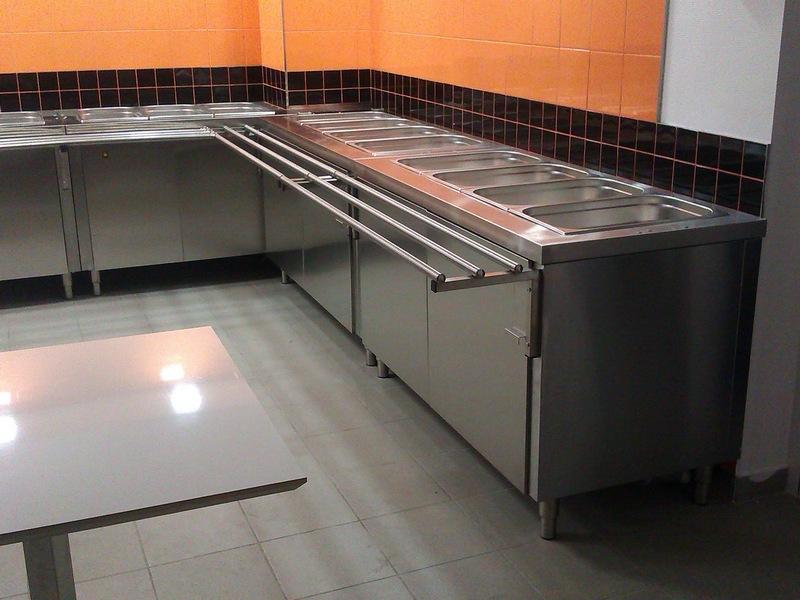 Кухонные столы из нержавейки