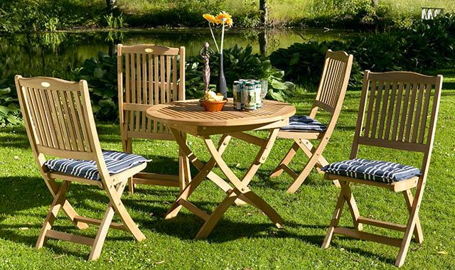 Мебель для сада в загородном доме