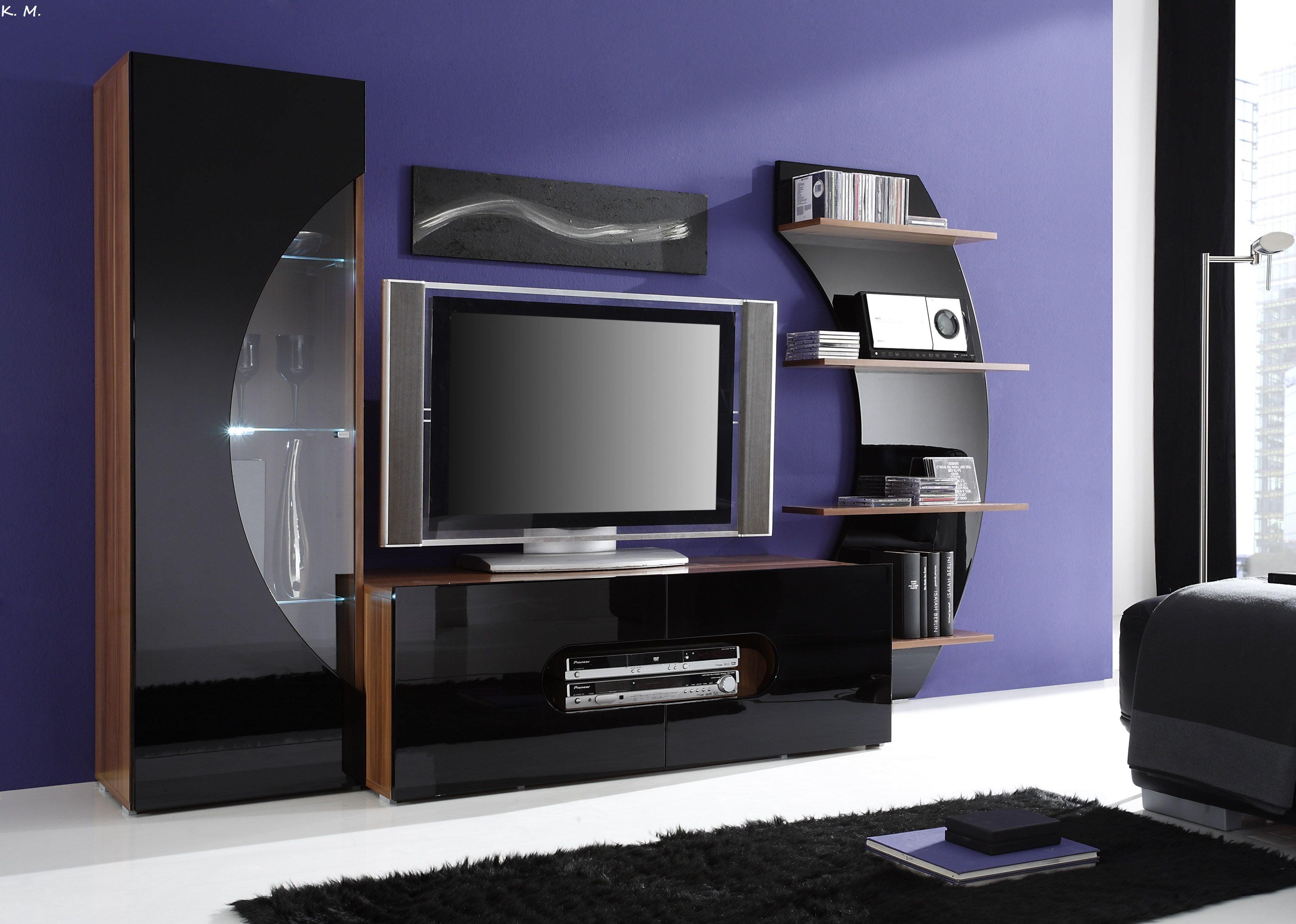 Мебель глянцевая