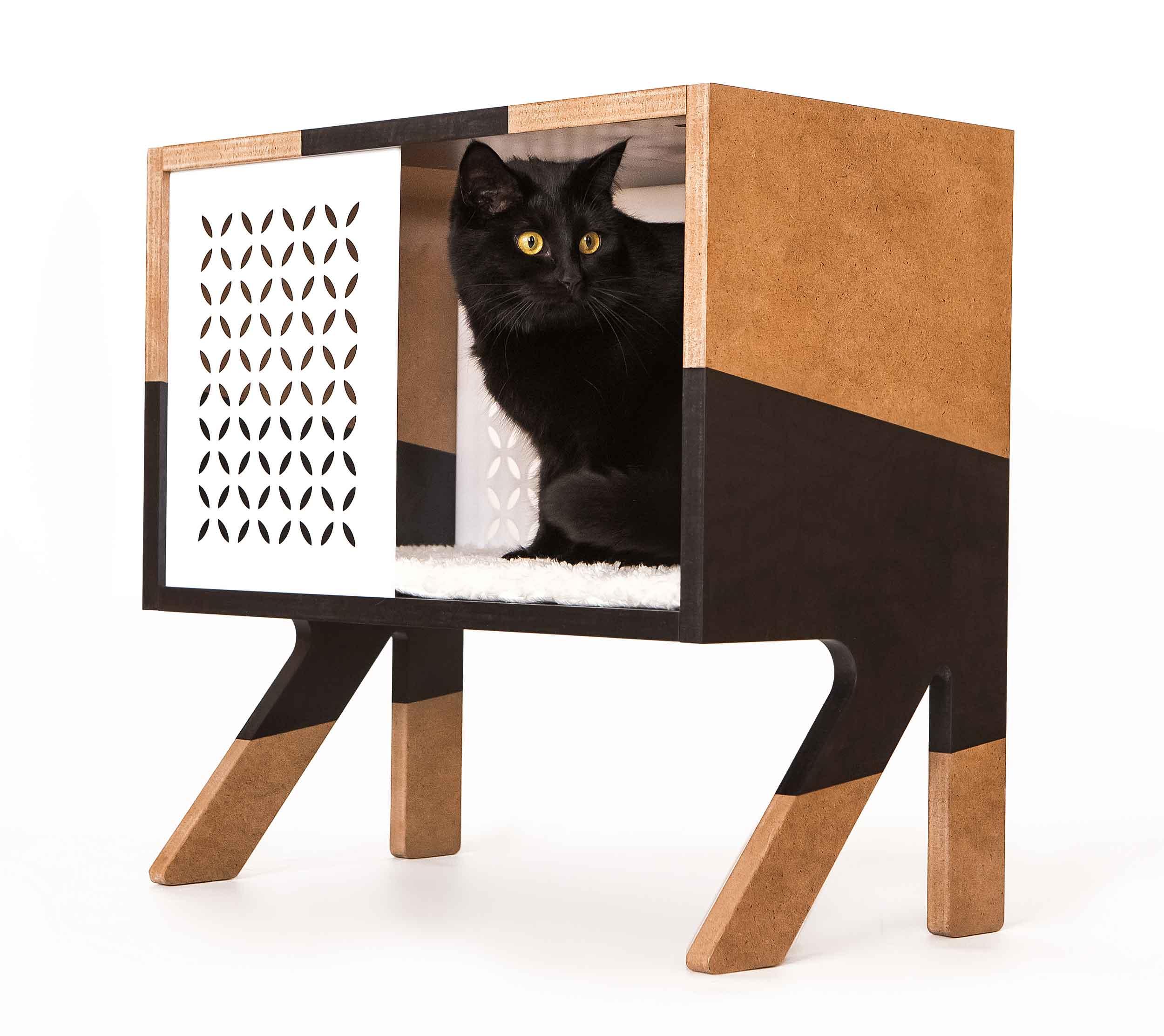 Мебель и аксессуары для кошек и собак
