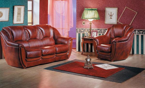 Мебель из кожи одновременно солидная и уютная