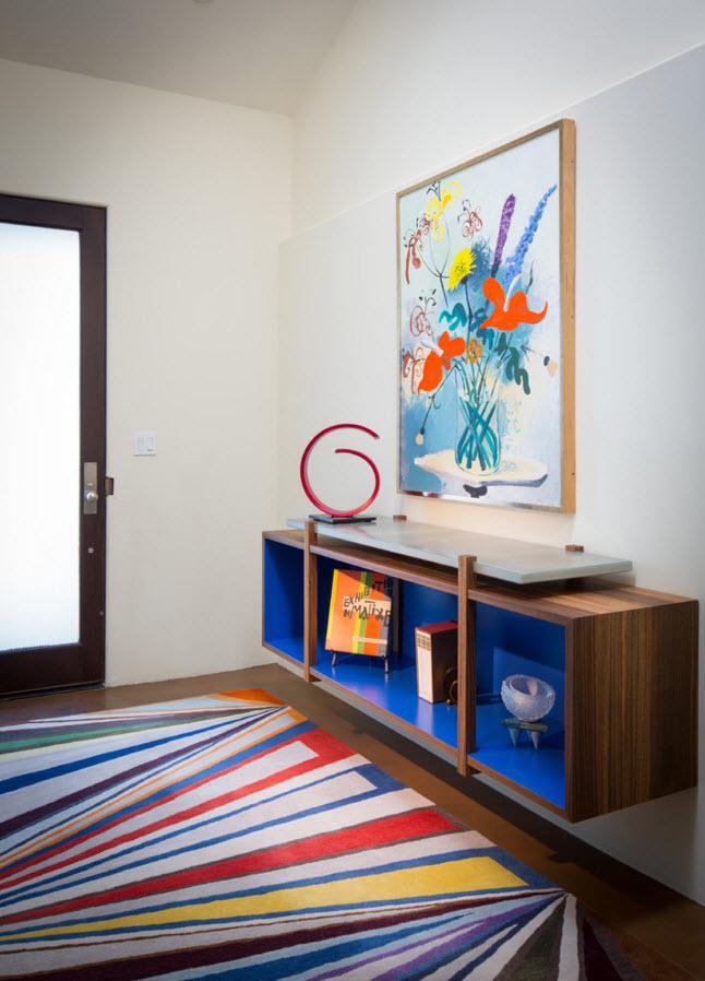 Мебель необычного цвета
