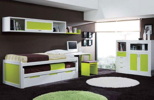 Мебель с яркими вставками