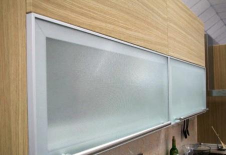 Мебельные алюминиевые фасады