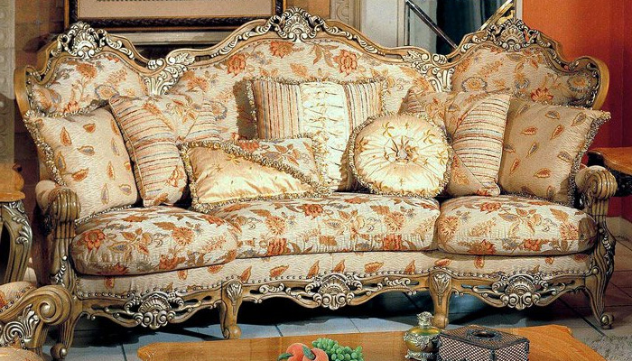 Модная обивка дивана