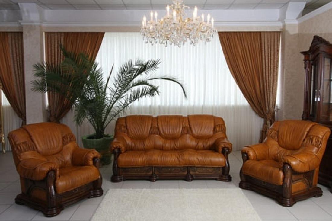 Мягкая мебель с кожаной обивкой