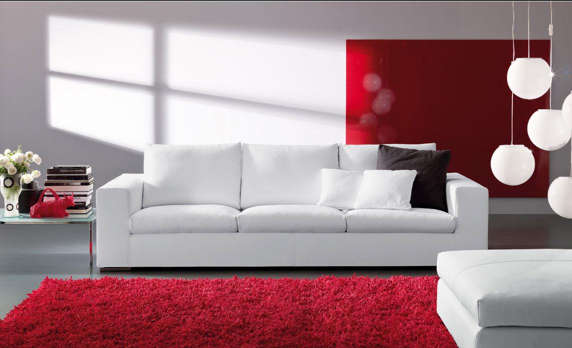 Мягкий хороший диван
