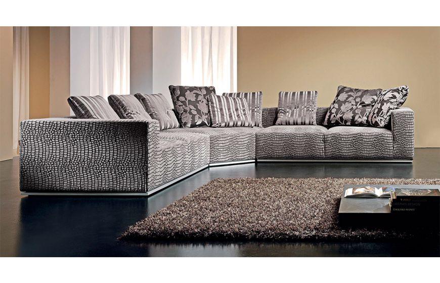 Мягкий современный диван